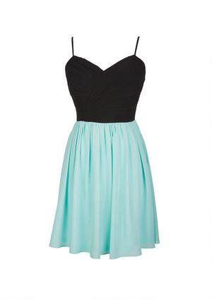 Add a cool belt and this would be great for a grade 8 grad dress