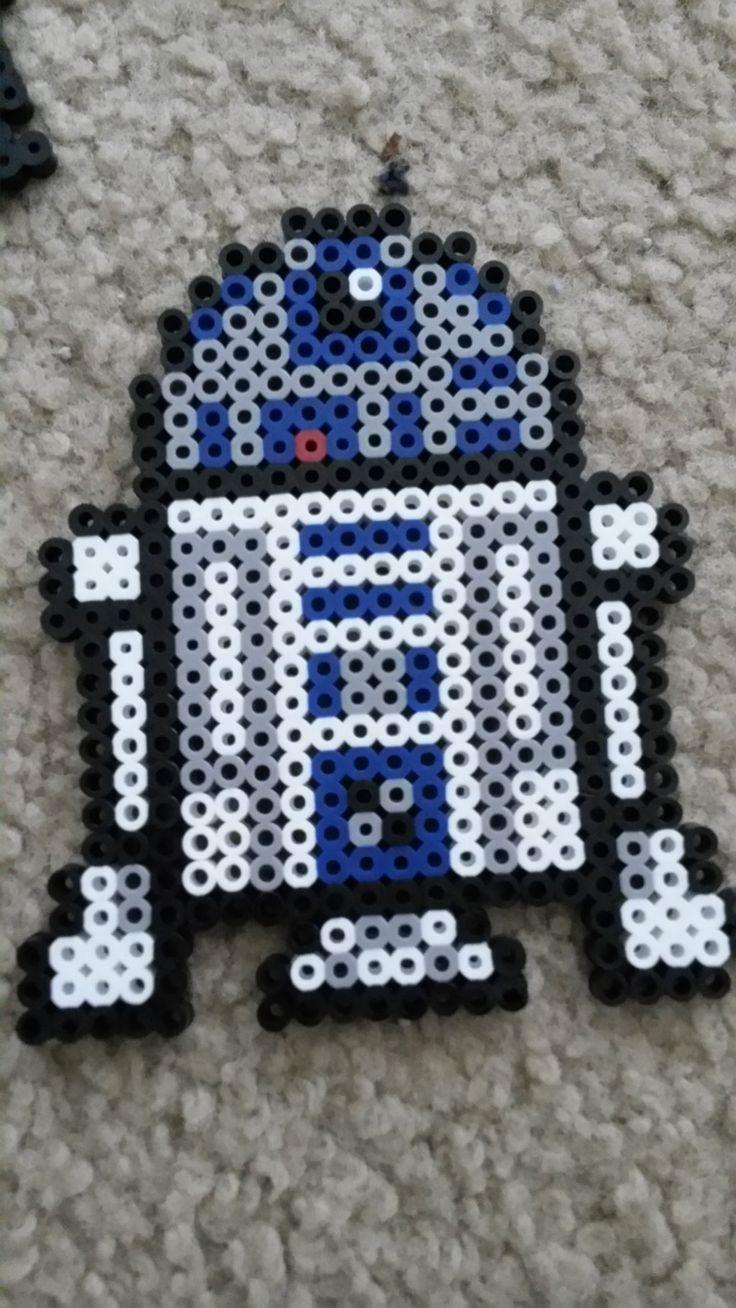 R2D2 Star Wars perler beads by nightskies on deviantART