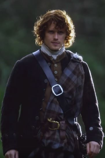 outlander season 2, sets and costumes, Jamie Fraser, Claire