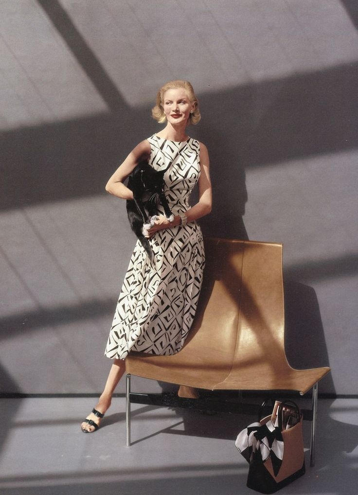 Sunny Harnett. Photo by John Rawlings - Vogue, December 1, 1954