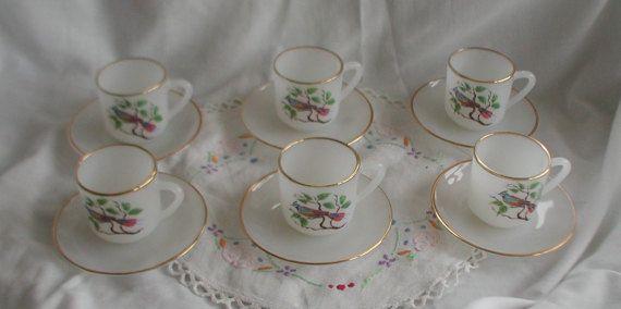 Set of 6 Arcopal Espresso Cups and Saucers Tropical Bird