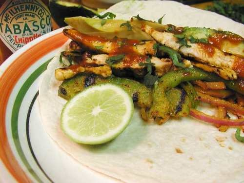 Learn to make our delicious fajitas at home with this recipe!
