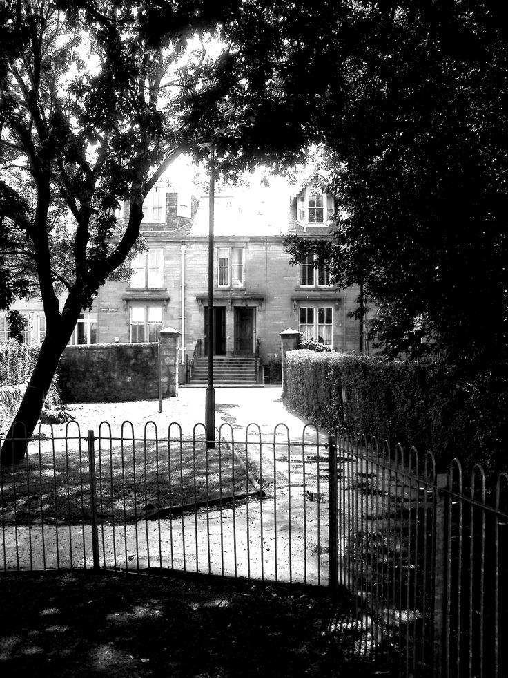 Lane by Kinburn Park, St Andrews.