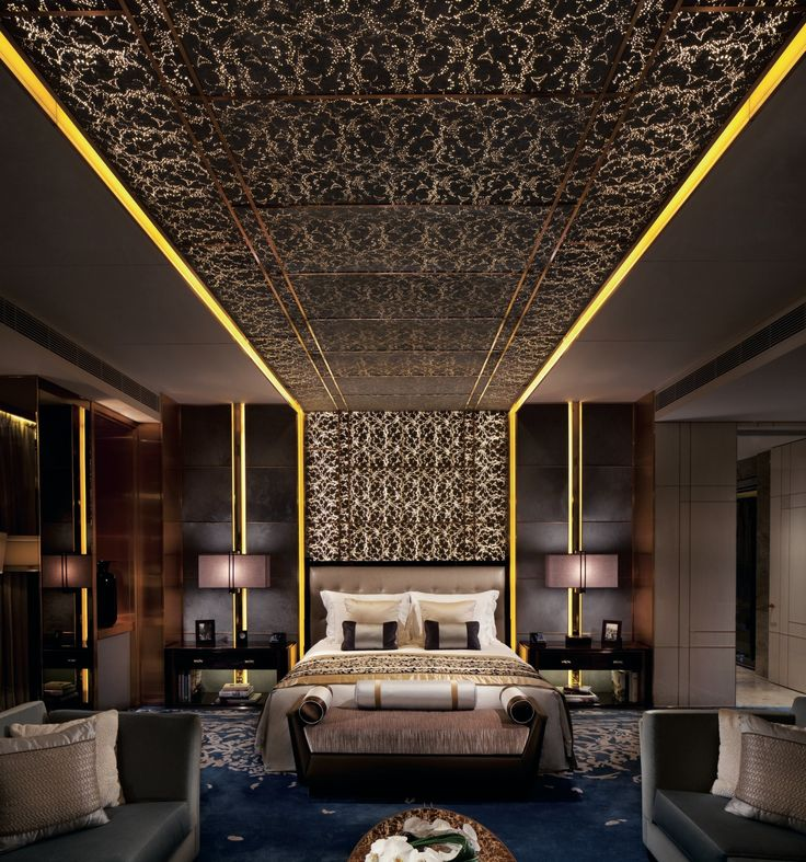 Top-level views, extravagant bathtubs, and white glove service make these the hotel suites the rooms to book the next time you travel to Hong Kong. | archdigest.com