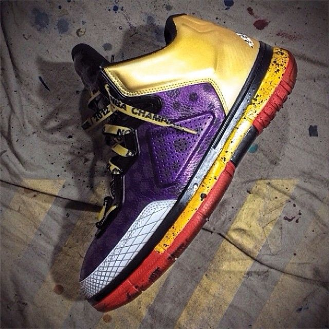 The Lining Way Of Wade shoes were very limited and few people actually own pairs. However, many samples were previewed and @mache275 has put...
