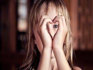 Girl Child Mood Heart HD Wallpaper