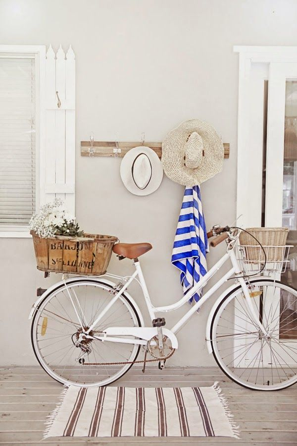 Inspiration: Beautiful and Romantic Summer Cottage! | Art And Chic