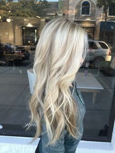 Love this icy blonde look with some darker blonde low lights.