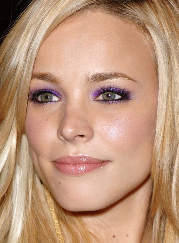 Rachel McAdams showing purple eye shadow can be classy.: Eye Makeup, Style, Purple Eyeshadow, Green Eyes, Beauty, Rachel Mcadams, Hair Color