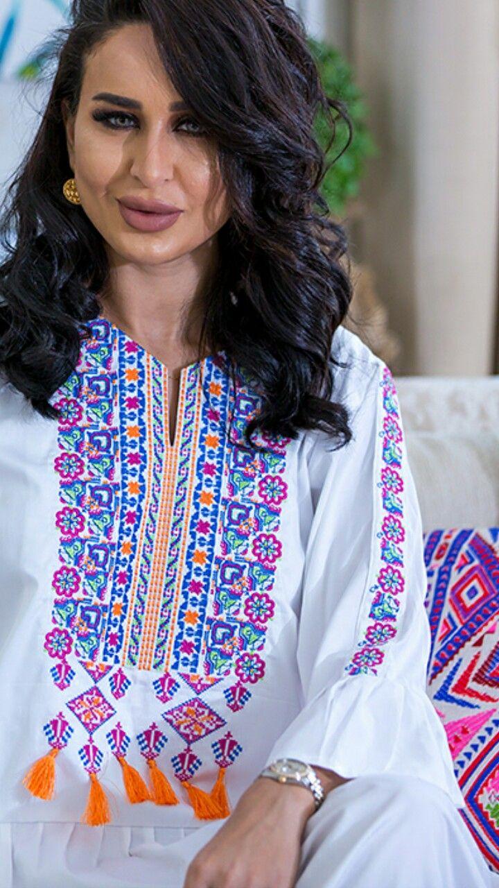 Pin By Mawra Hayyal On Abaya Fashion Abaya Fashion Fashion Forum Fashion