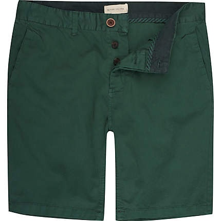 Need a pair of dark green shorts to go with one of my OEd tees ...