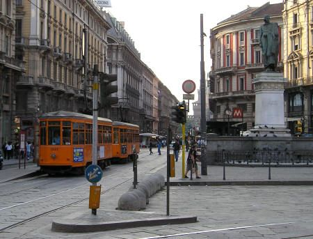 Image detail for -Public Transit in Milan Italy - Bus, Tram and Subway Systems