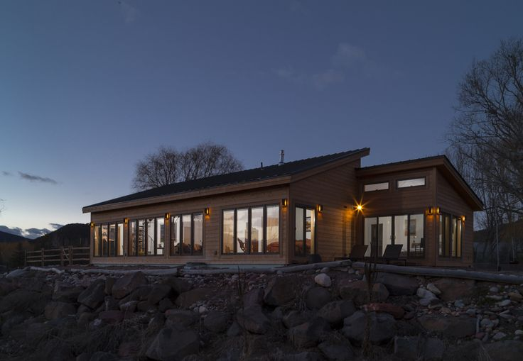Blu homes balance home in the colorado mountains
