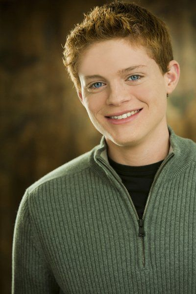 "Sean Berdy: LOVE! ... seriously though, I'm recently obsessed with ""Switched at Birth"" and Emmett is my favorite character. good to see something different on tv."