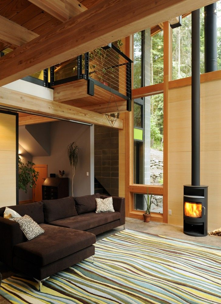 Contemporary forest retreat filled with light