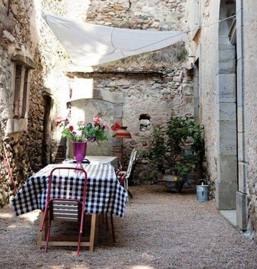 Alfresco in the courtyard