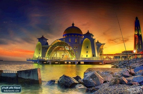 Zaher The Strait of Malacca Mosque which looks as if a painting is legendary, and is based on an artificial island near the city of Malacca in Malaysia and was built in 2006