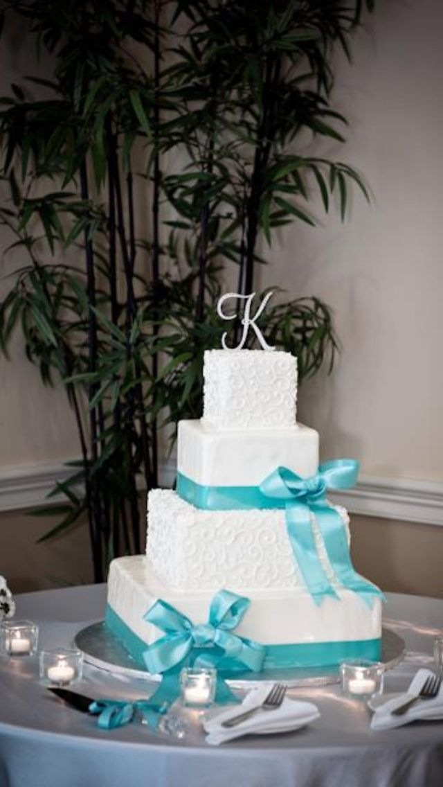 Tiffany Blue Wedding Cake - I like this one. Simple, elegant.
