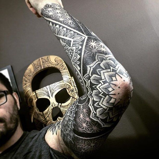 9 Mandala Tattoo Designs And Ideas: 25+ Best Ideas About Mandala Tattoo Men On Pinterest