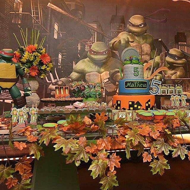 Tartarugas Ninjas sempre encanta!! Decoração @criandartes Foto @milenamarquesfotografia e Chocolate Julieta garzons com  Bolo simone vasconcelos. #festademenino #cerimonialinfantil #cerimonial #kriativekidscerimonial #top #Especial #partykids #festejar #partyideas #aniversarioinfantil #festadecrianca #tartarugasninjas