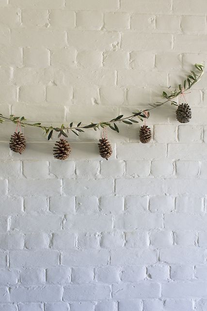 olive branch & pinecone garland, #christmas