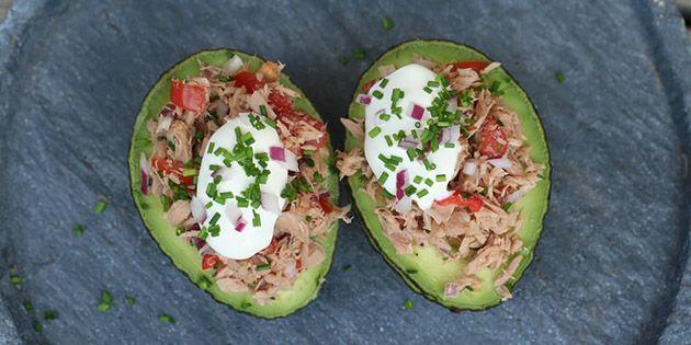 Fyldt avocado med tun