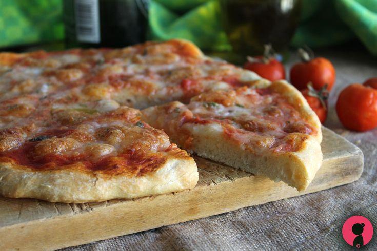 Pizza+margherita+fatta+in+casa