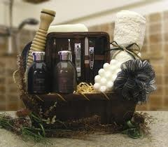 Men love #spa gifts too! Combine this with a men's skin care treatment for  an extra special gift!