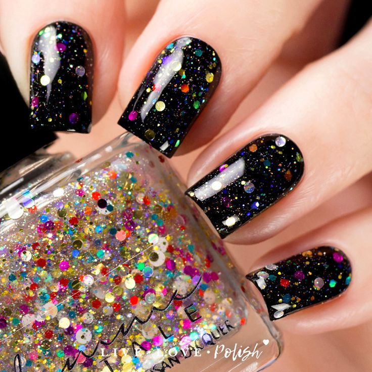 Femme Fatale Garland Lights Nail Polish (Silent Night Exclusive ...