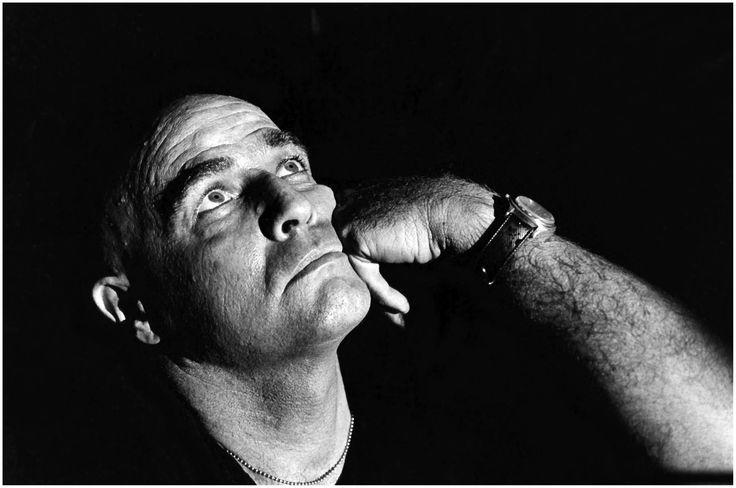 © Mary Ellen Mark, Brando sur le tournage d'Apocalypse Now, 1976. https://www.facebook.com/pages/Le-Seuil-et-lHorizon/300782323265464