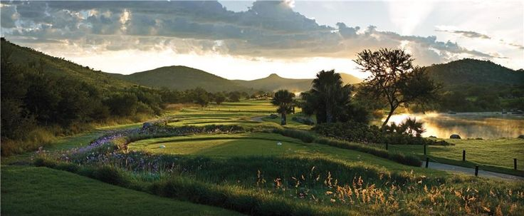 4th hole - Lost City Golf Course