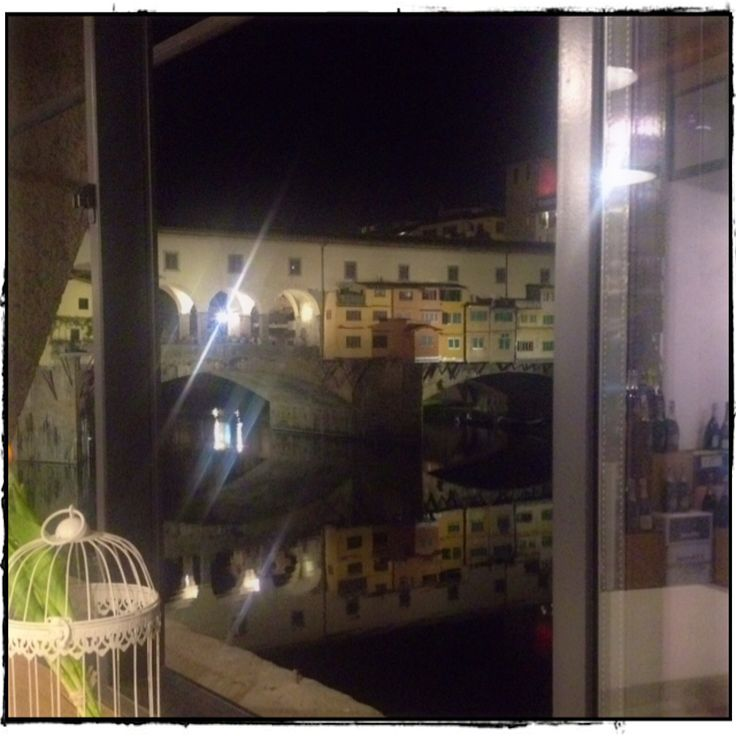From #signorvino to the #PonteVecchio - time in Florence!