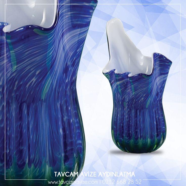 Tavcam'ın Rengarenk Vazolarıyla Evinizi Renklendirin. Dekoratif El Yapımı Mavi Vazo En Uygun Fiyatlarla Sadece Tavcam'da! Ürünü Detaylı İncelemek İçin Linke Tıklayınız:  http://bit.ly/2kdKsYl #tavcam #tavcamavizeaydınlatma #tavcamavize.com #dekoratif #elyapımı #mavivazo #vazo #avizeci #üretim #aydınlatma #dekorasyon #elyapımı #camsanatı #şık #Turkey #exclusive #special #bright #design