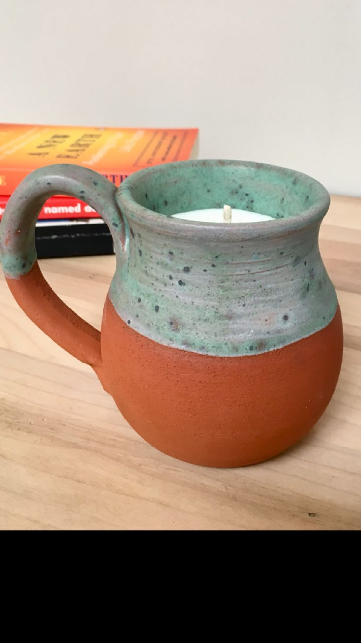 Essential oil aromatherapy soy candle pottery mug