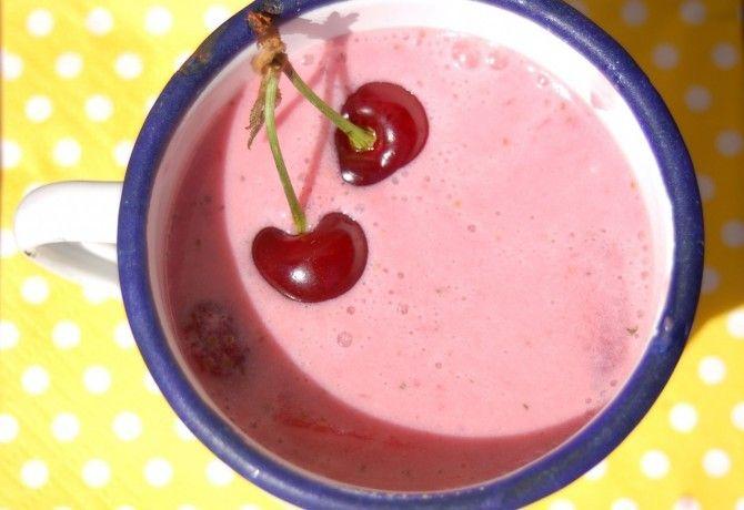 Mentás-levendulás nyers gyümölcsleves recept képpel. Hozzávalók és az elkészítés részletes leírása. A mentás-levendulás nyers gyümölcsleves elkészítési ideje: 5 perc