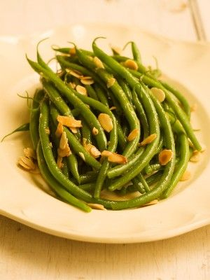 Brow Butter Green Beans with Toasted Almonds