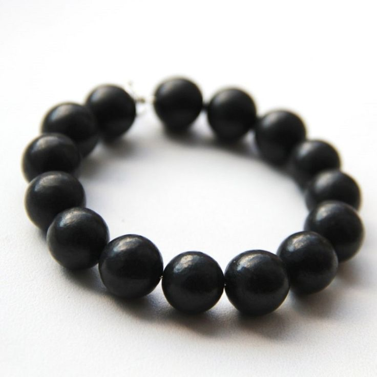 Zazhoginsky Shungite bracelet with 15 round 12 mm beads Price; $16.89