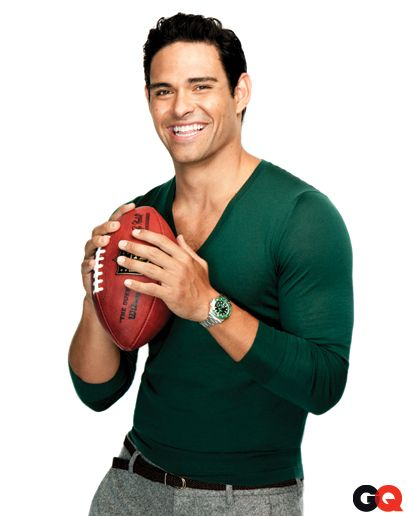 Love me some Mark! He is my backup QB for fantasy football for obvious reasons--skilled and gorgeous!