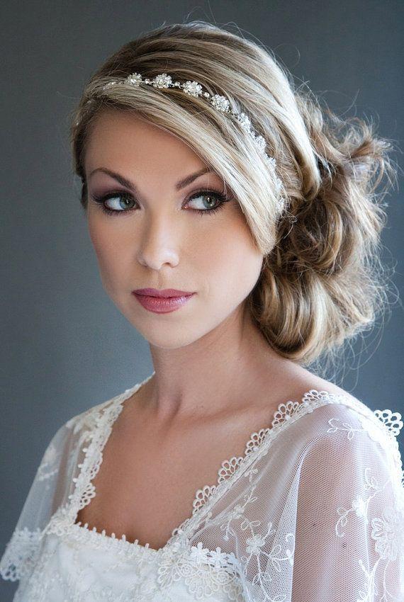 Awe Inspiring 1000 Ideas About Wedding Headband Hairstyles On Pinterest Hairstyles For Women Draintrainus