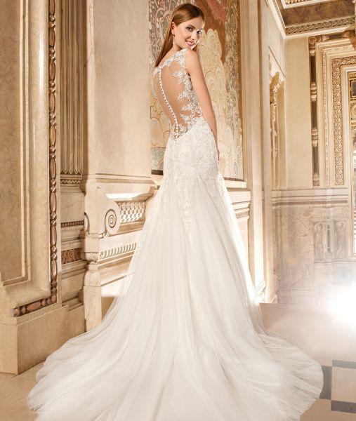 32 best wedding dress images on pinterest wedding frocks for Tattoo shops lafayette louisiana
