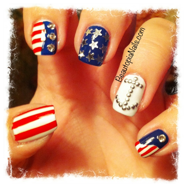 My Independence Day nails, inspired by Hey, Nice Nails on tumblr.