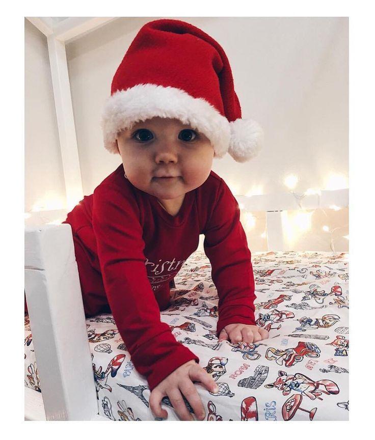 Wiktorek najsłodszy mały Mikołaj     #christmas #christmasiscoming #bożenarodzenie #swieta #świętatużtuż #swiatecznie #santababy #baby #babyboy #poscieldladzieci #przescieradlo #memi #instamatki