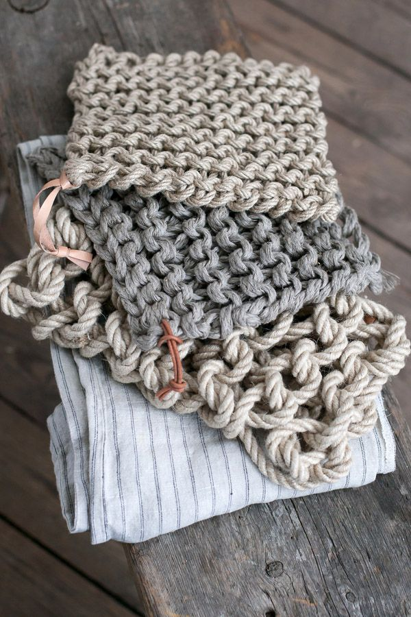 Thick knit coasters