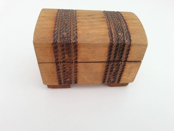 Hey, I found this really awesome Etsy listing at https://www.etsy.com/listing/209985407/wooden-box-wooden-casket-box-vintage