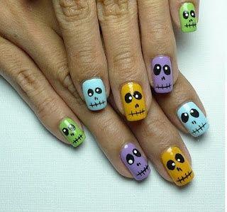 Nail art easy Halloween nail design skulls nails