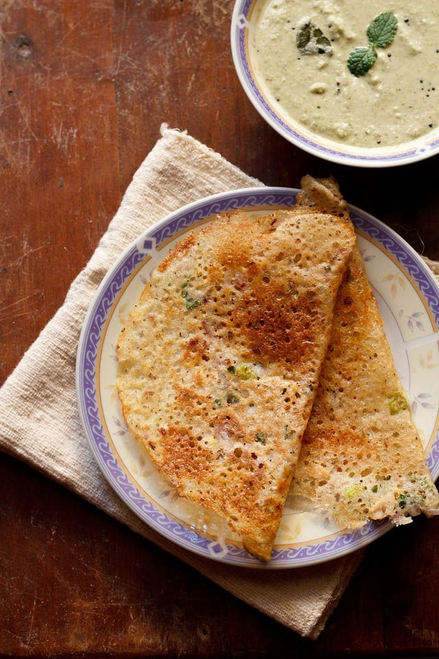 Rava dosa..seems simple, low calorie breakfast. High in carbs hence I recommend to have it in the breakfast and not for dinner if you are weight watcher. Word of advice: Let it cook on the flame, till the edges startto lift. Don't lift the dosa till you see it getting golden brown.