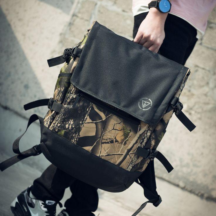 2017 New Designer Camouflage Men's Backpack Top Quality School Backpacks For Boys Cool Waterproof Large Capacity Men Backpacks