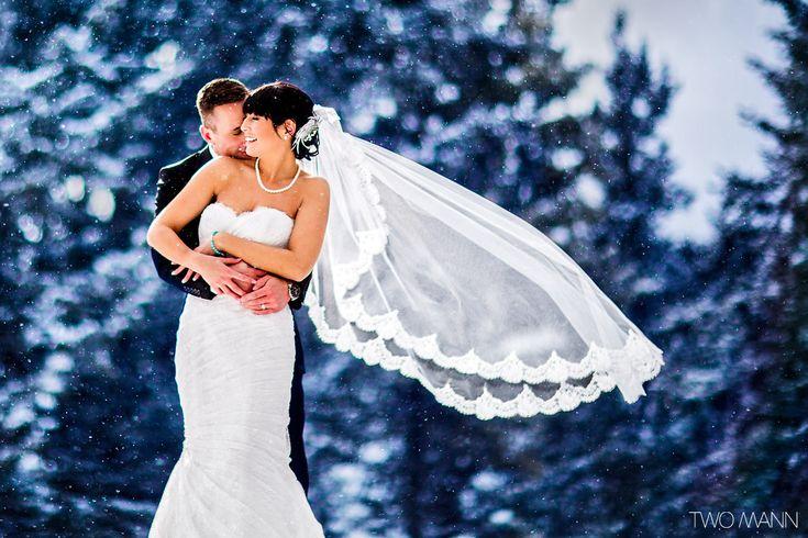 http://twomann.com/blog/2014/05/22/tina-deans-fairmont-banff-springs-wedding-photos/