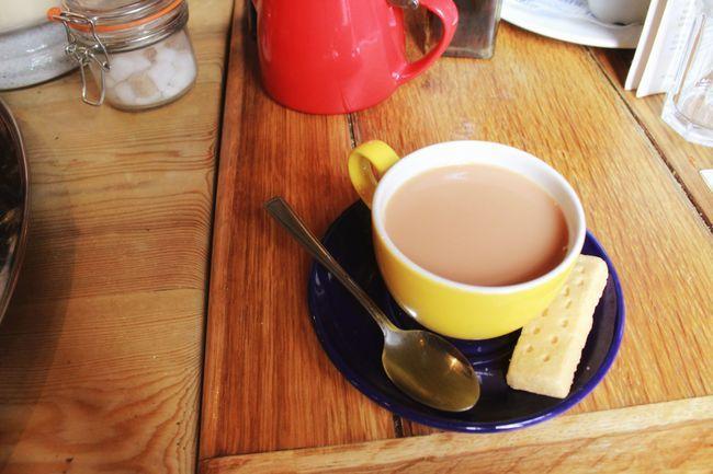 Tea With Milk Biscuit Breakfast Dinner England Food Milk Table Tea Tea Cup Wood…