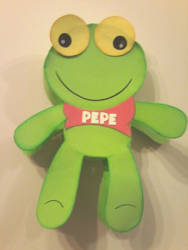 MIS ARTESANIAS DEL ALMA: Piñata de Sapo Pepe  Piñata realizada en carton co...